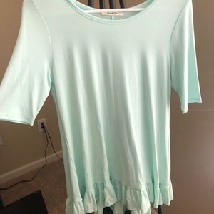 Mint colored top